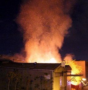 Suriye Hava Kuvvetleri Mayir'e bomba yağdırdı