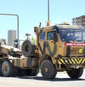 Şırnak'tan yola çıkan askeri araçlar, Mardin üzerinden Diyarbakır'a döndü