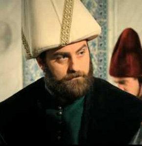 Muhteşem Yüzyıl'ın yeni bölümünde Ayaz Paşa'nın ölümüyle Lütfü Paşa'nın vezir olması, Hürrem'i şoke etti...