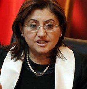 Bakan Fatma Şahin, İstanbul'da katıldığı programda basın mensuplarının sorularını yanıtladı