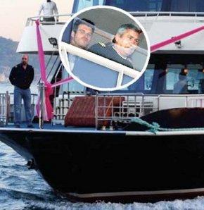 Düğün arabası out düğün gemisi in
