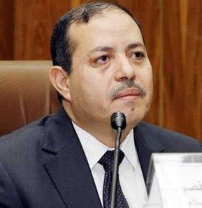 Mısırlı bir grup kadın, sözlü tacizde bulunmakla suçladıkları Mısır Enformasyon Bakanı Salah Abdulmaksut aleyhine gösteri düzenledi