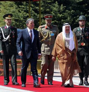 Kuveyt Emiri Şeyh Sabah el-Ahmet el-Cabir el-Sabah, resmi ziyareti çerçevesinde Anıtkabir'i ziyaret etti