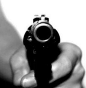 Kendinden 26 yaş küçük hamile eşini öldürdü