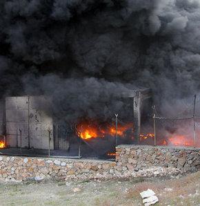 Elazığ'da strafor fabrikasında yangın çıktı