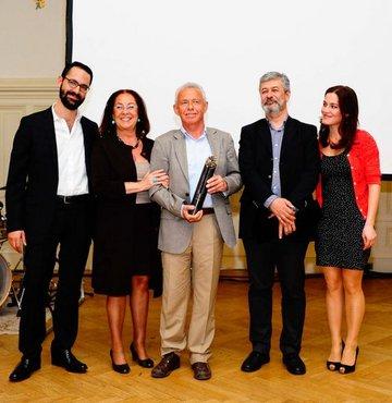 Erdal Öz Edebiyat Ödülü Cemil Kavukçu'nun oldu