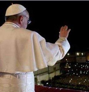 Papa'dan Türklere Nazi benzetmesi