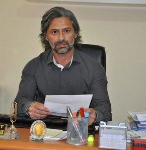 AK Parti Iğdır İl sekreteri Avukat Mehmet Soyuk, hükümetin son günlerde izlediği tutumu gerekçe göstererek partisiden istifa etti.