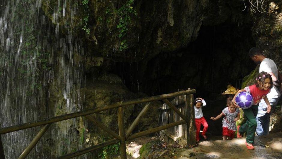 Yörüklerin Doğal Buzdolabı Turizmin Gözdesi Oldu!