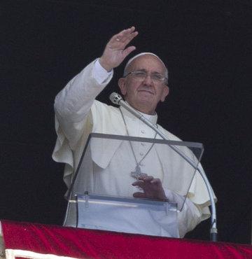 Papa'dan ilk yurtdışı seyahati