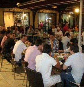 3 büyük kulübün taraftar grupları Genç Fenerbahçeliler'in organizasyonunda iftar yemeğinde buluşuyor