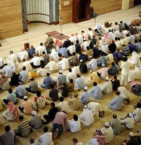 El Fetih Camii İmamı Abdul Hafız Gazel, göstericileri güvenlik güçlerini öldürmeye kışkırtmakla suçlanıyor