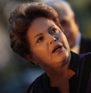 """Brezilya, ABD Ulusal Güvenlik Ajansı'nın (NSA) Brezilya ve Meksika devlet başkanlarını izlemesini, """"ülkesinin egemenliğine kabul edilemez bir müdahele"""" olarak değerlendirerek tepki gösterdi."""