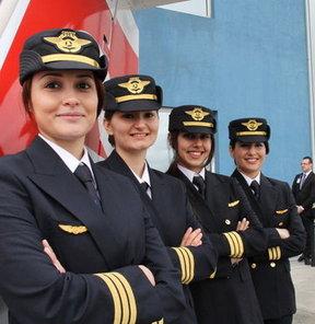 Türk Hava Yolları'nda bundan 7 yıl önce 6 olan kadın pilot sayısı, 2013 Eylül ayı itibarıyla rekor kırarak 45 oldu