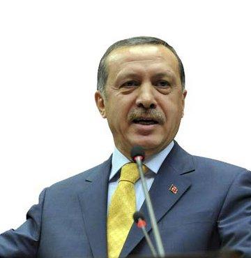 Başbakan Erdoğan MHP'yi topa tuttu