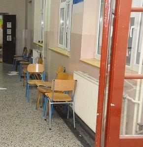 Kosova'da yerel seçimler yapıldı