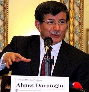 Dışişleri Bakanı Ahmet Davutoğlu'ndan Türkiye-İran ilişkileri açıklaması
