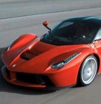 Ferrari yok sattı!