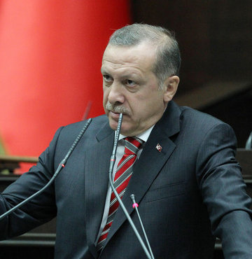 Turkish daily to pay compensation for 'insulting' Erdoğan