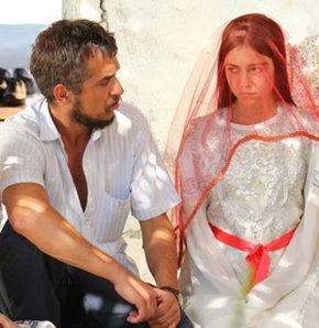 Turgay Mercan, Miray Akay. Halam Geldi filmi.