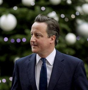 İngiltere Başbakanı David Cameron, 2014'te İskoçya'da yapılacak bağımsızlık referandumuyla ilgili İskoç halkına seslenerek,