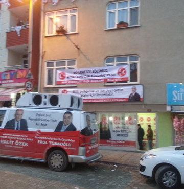 İstanbul'da seçim bürosuna silahlı saldırı