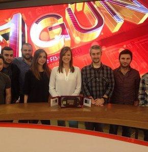 'Yılın En Pozitif Haber Programı' ödülü Simge'ye
