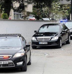 Recep Tayyip Erdoğan,güzergah,LPG'li otomobil yangını,Üsküdar'da LPG'li otomobil yangını,Başbakan'ın güzergahında yangın alarmı!