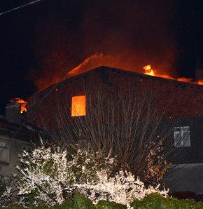 Kastamonu patlama,tüp bayinde patlama,patlama,bina çöktü,kastamonu,son dakika