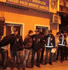 Beyoğlu'nda dün gece çok sayıda otomobilin camlarını kıran zanlılar yakalandı