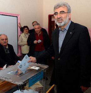 30 mart seçim,Enerji ve Tabii Kaynaklar Bakanı Taner Yıldız,Taner Yıldız,Bakan Yıldız oyunu kullandı