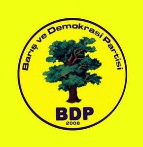 BDP suç duyurusunda bulunacak!, BDP Milletvekili Adil Zozani, polislerin ateş açmasıyla ilgili suç duyurusunda bulunacaklarını belirtti
