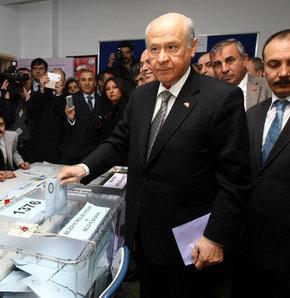 MHP Genel Başkanı Bahçeli'nin oy kullandığı sandıktan CHP birinci parti çıktı, Bahçeli'nin oy kullandığı sandıkta sürpriz