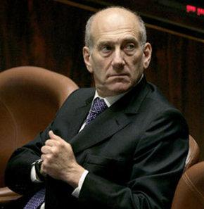İsrail eski Başbakanı Ehud Olmert rüşvet davasında suçlu bulundu.