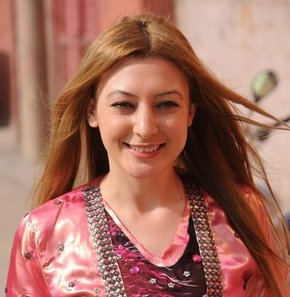 Leyla İmret, 36 bin 403 oyla Cizre Belediye Başkanlığı'nı kazandı, Rekor oyla kazandı,Cizre'de remi sonuçlar açıklandı