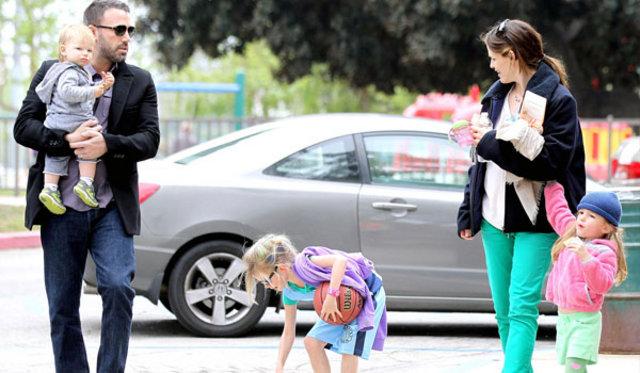 Lady Gaga doğumgünü, Lady Gaga kaç yaşında, Jennifer Garner Ben Affleck, Katie Holmes kızı Suri