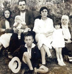 Yapı Kredi Kültür Yayınları Orhan Veli sergisi, Orhan Veli 100 yaşında