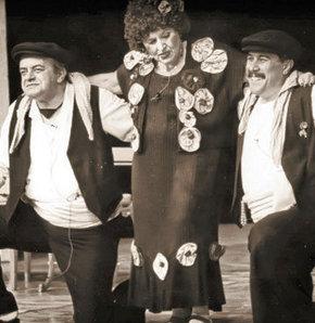 'Alnında Işığı İlk Hissedenler- Darülbeda- i'den Şehir Tiyatroları'na 100 Yıl