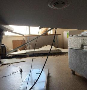 Öğrenci yurdunun asma tavanı çöktü, Öğrenci yurdunda dehşet anları