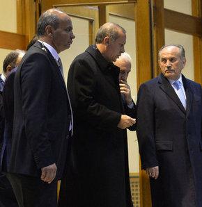 Başbakan Erdoğan'dan toplantı trafiği!