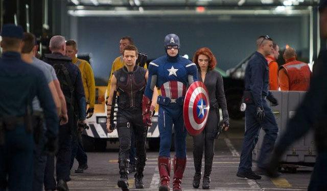Kaptan Amerika: Kış Askeri filminin dev ekibi Samuel L. Jackson, Scarlett Johansson HT Pazar'a konuştu