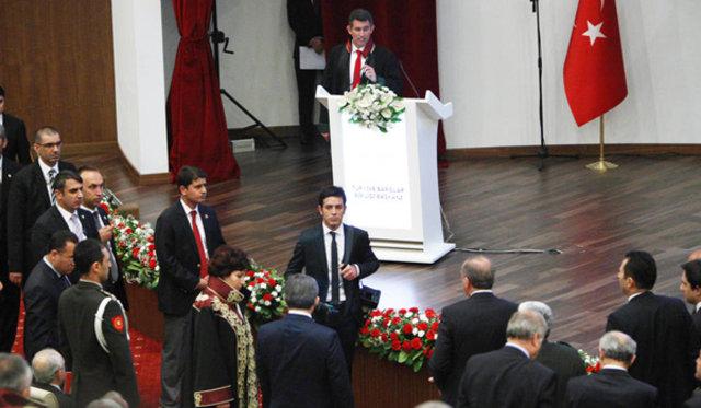 Başbakan Erdoğan Metin Feyzioğlu, Başbakan Erdoğan Metin Feyzioğlu tepki, Danıştay Başbakan Erdoğan