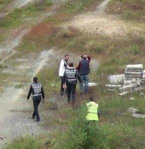 İstanbul'da uyuşturucu operasyonunda tutuklama!,İstanbul Sultangazi'de bir AVM inşaatına düzenlenen uyuşturucu operasyonunda 16 kişi tutuklandı