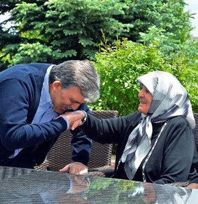 Cumhurbaşkanı Abdullah Gül, Anneler Günü, Twitter