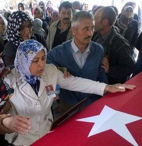 Yasemin Kara, Anneler Günü'nde 21 yaşındaki oğlu Jandarma Er Murat'ın tezkere haberi yerine ölüm haberini aldı