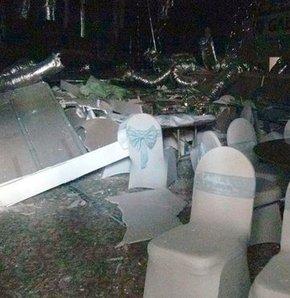 Konya'da düğün yemeği öncesi asma tavan çöktü