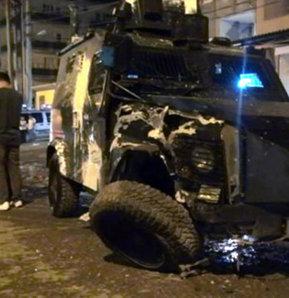Silopi'de  zırhlı polis aracı ile sivil araç çarpıştı:  1'i polis 6 yaralı