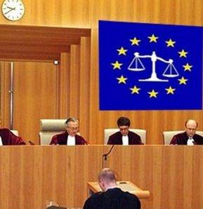 Avrupa İnsan Hakları Mahkemesi (AİHM), Kıbrıs Barış Harekatı ve sonrasında adanın bölünmüş kalması sebebiyle Türkiye'ye tazminat cezası verilmesi konusundaki kararını bugün açıklıyor.