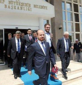 Başbakan Erdoğan'ın oğlu Bilal Erdoğan, Gaziantep belediye başkanlarına hayırlı olsun ziyaretlerinde bulundu