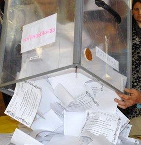 Halk sandıklara akın etti, Ukrayna'da referandum, Ukrayna'da halk sandık başında, Ukrayna'da bağımsızlık referandumu.